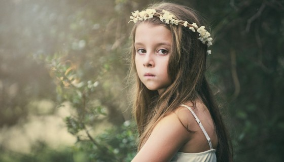 beautiful girl flower cro…
