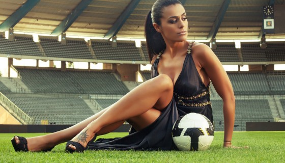 beautiful girl football p…