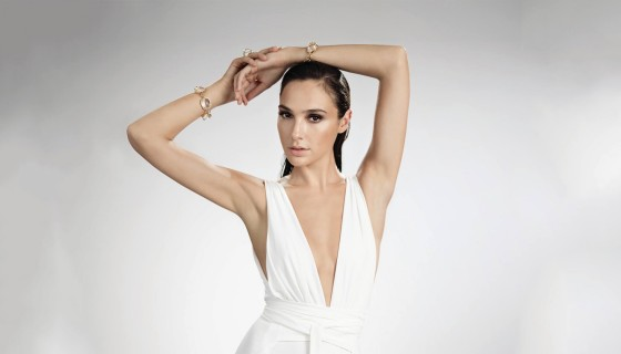 gal gadot beautiful white dres…