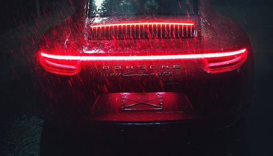 carrera tail light raining 4k …