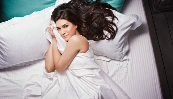 kriti sanon on bed sleepi…