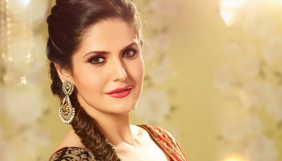 zareen khan red lips hot prett…