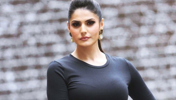 zareen khan beautiful hairstyl…
