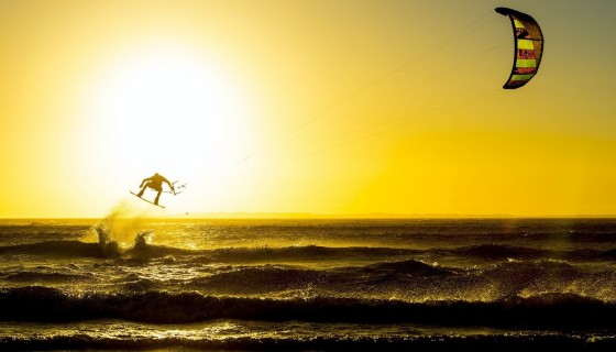 kitesurfing hd wallpaper