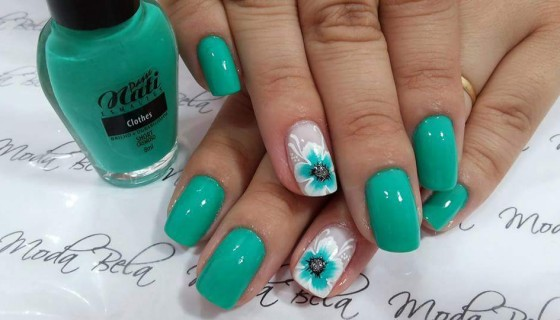 green nail art girls picture h…