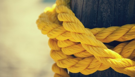 yellow rope closeup 4k wallpap…