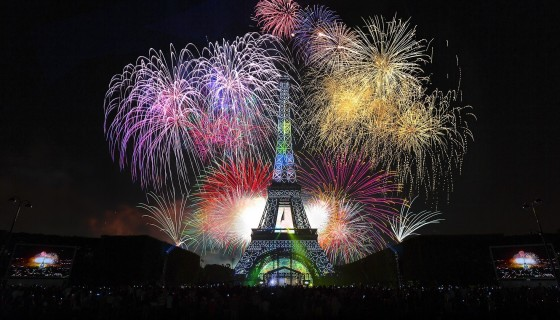 New Year Paris Fireworks …