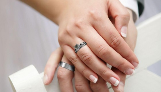 wedding couple ring hands youn…