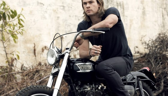 chris hemsworth actor man…