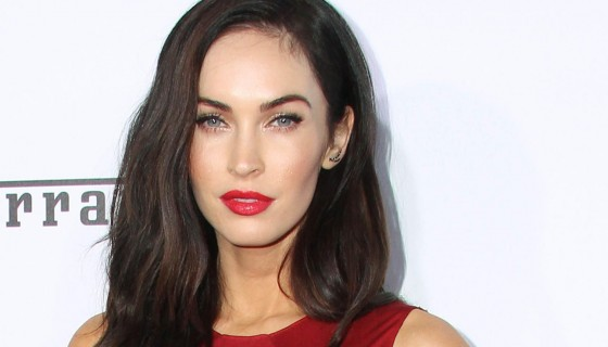 meganfox red lips makeup red d…