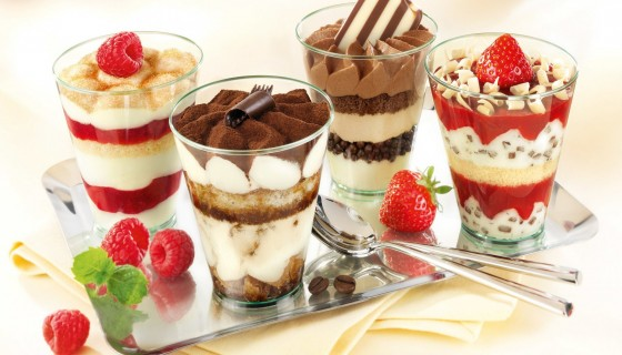 dessert glasses strawberry ras…