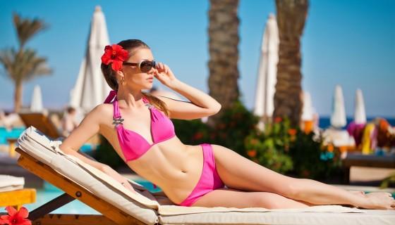 pink bikini girl beach wa…