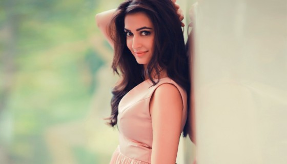 Kriti kharbanda in beautiful d…