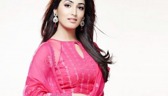 yami gautam pink dress bollywo…