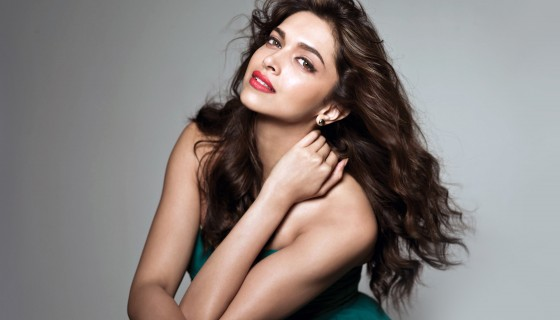 deepika padukone red lips gree…