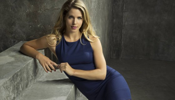 Emily Bett Rickards blue …